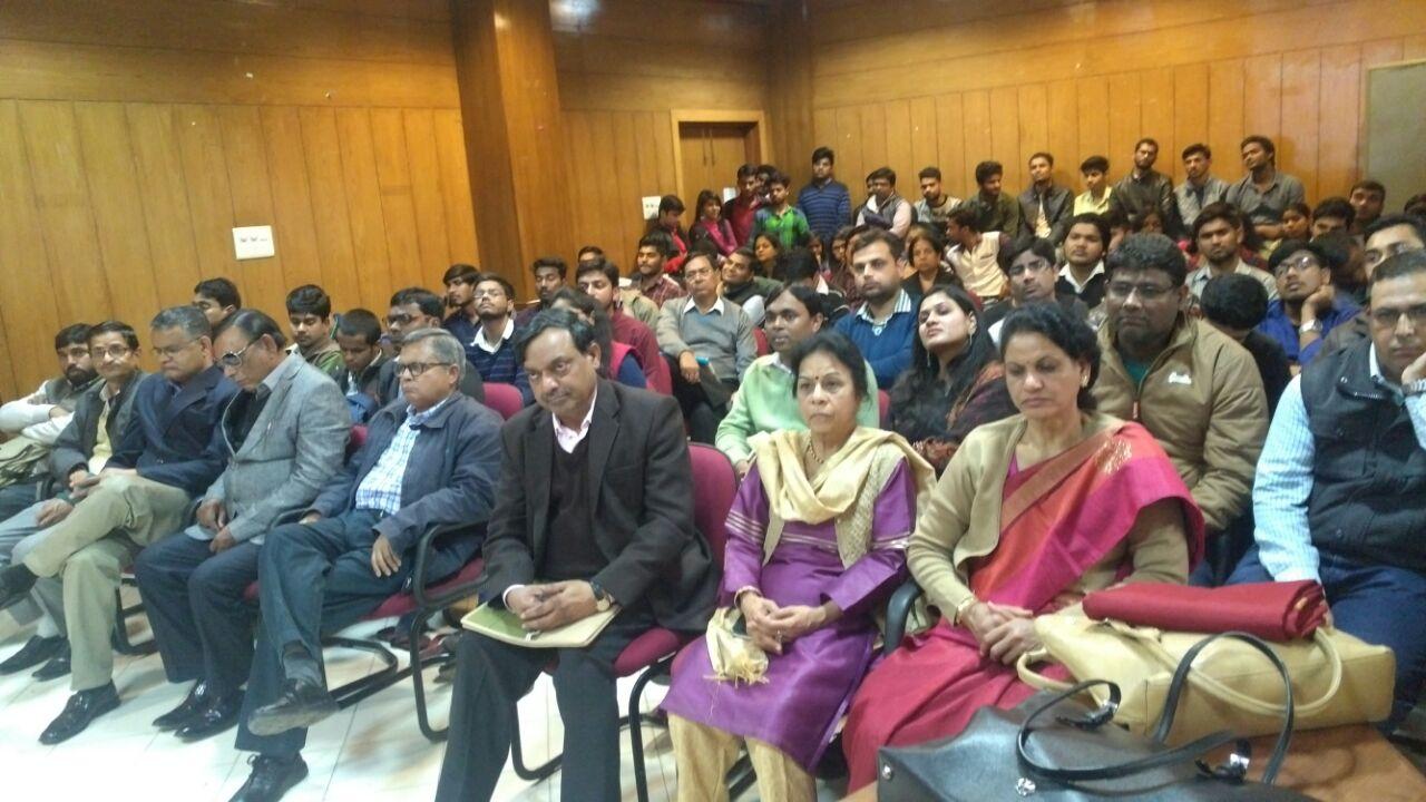 """""""काव्य संगोष्ठी"""":हिंदी विभाग द्वारा आयोजित"""